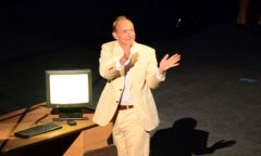 1207-HtmlWars-Sir-Tim-Berners-Lee-008.jpg